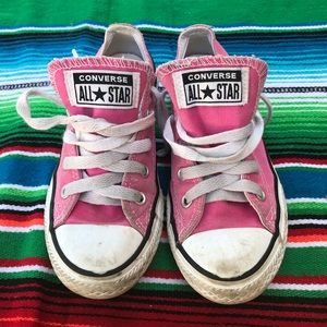 Converse sneakers for girl size 13. pink color